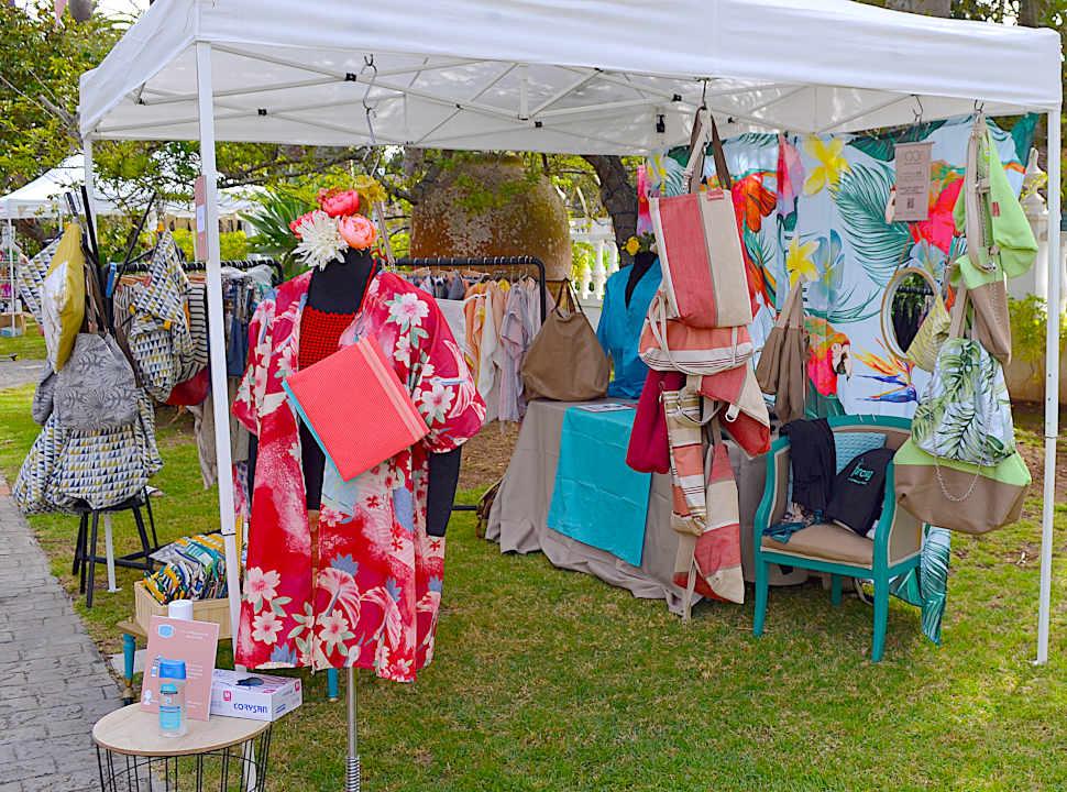 Puesto de venta en el showroom Dreamer Market Summer en La Laguna